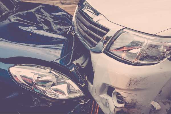 to cars hit head-on lawyer in Texas
